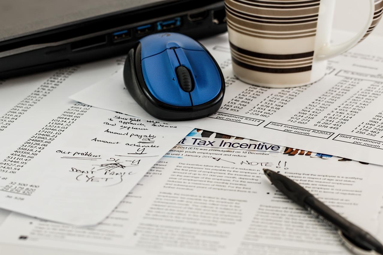 Pagare meno tasse: i miti del web