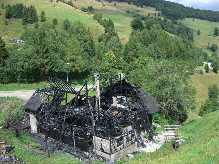 Un incendio può generarsi per cause banali anche a casa