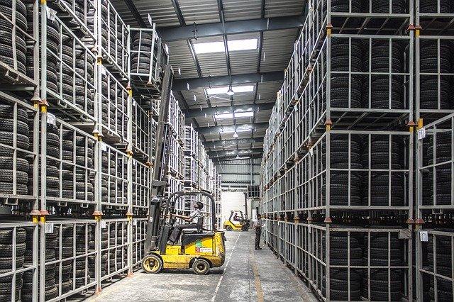 Come organizzare un magazzino per avere più spazio