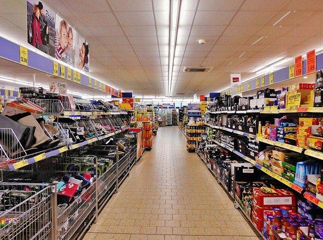 Scaffalature metalliche componibili tutti i vantaggi per il magazzino
